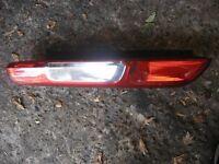 2005 ford focus rear light