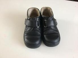 Black leather school boys shoes size 28