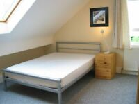 Great Double Room in Very Convenient Redhill Location | For Rent