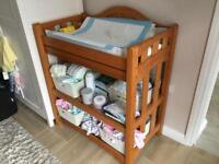 Mamma and papas changing table