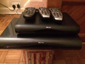 Sky HD + box with 2tb hard drive and 3 remotes**look*
