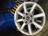 Vw Passat alloys 15 inch 8j wide
