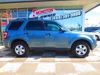 2010 Ford Escape Low KM Good on Fuel
