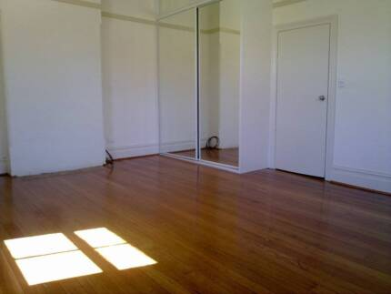 Room for rent a walk away to Parramatta train station