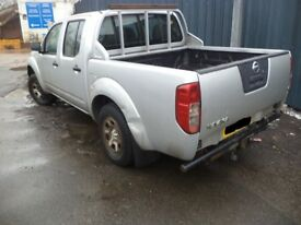 2005-210 NISSAN NAVARA 2.5 DCi MANUAL/AUTO IN SILVER BREAKING FOR PARTS & SPARES