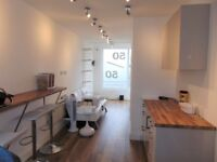 MODERN SHOP TO LET IN PORTCHESTER £700 PER MONTH