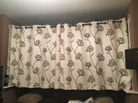 3 pairs of fully lined eyelet curtains