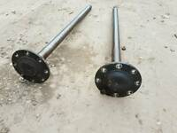 Iveco daily rear driving shaft. Good condition. 4 wheels at rear