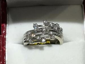 #3297- 14K LADIES CLAW SET DIAMOND RING 17 DIAMONDS TOTAL! *SIZE 6 7/8*  APPRAISAL AT $2350.00*SELL $750.00 FREE S/H