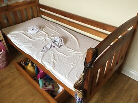Bunk Bed with foam matresses