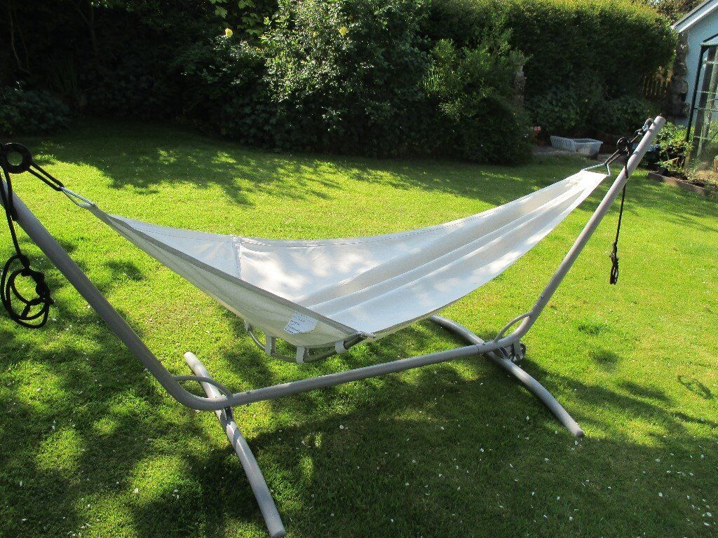 metal vonhaus stand standing from swinging hammock for cotton uk co dp luxury garden with amazon frame patio made outdoor and