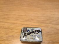 Songster Gramophone needles and tin