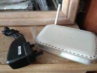 NETGEAR -G WGR614 Wireless Router Fully Working - £10
