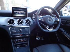 Mercedes-Benz GLA Class GLA 220 D 4MATIC AMG LINE PREMIUM PLUS (grey) 2016-03-21