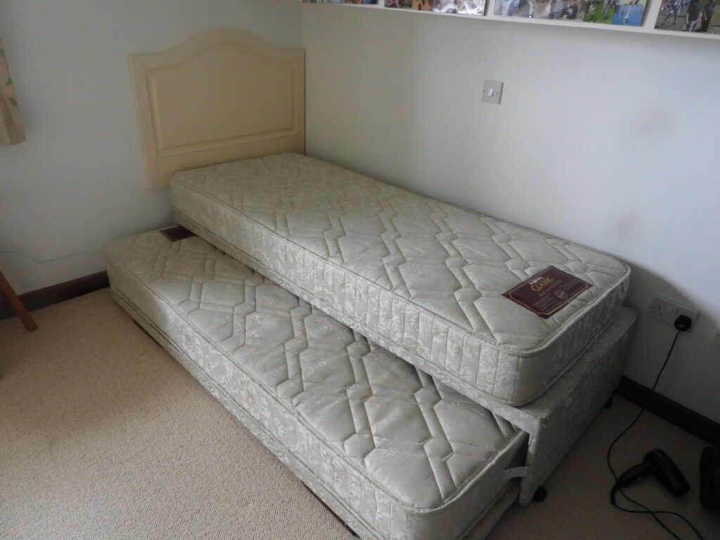 2 6 Stacker Bed With Sprung Mattress S And Headboard