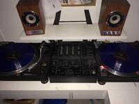 Technic 1210 vinyl decks DJM500 Mixer & Headphones