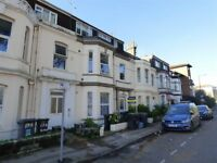 Double bedroom on the Triangle - Bournemouth