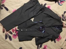 Boys grey suit wedding/occasion 3-4yrs