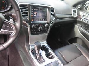 2016 Jeep Grand Cherokee Overland! Luxury! V6! 4x4! London Ontario image 13