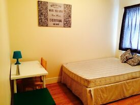 AMAZING DOUBLE/TWIN ROOM, 8 MNT WALK CANNING TOWN, CANARY WHARF, STRATFORD, ZONE 2, SPANISH SPOKEN,E
