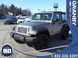2013 Jeep Wrangler SPORT MANUELLE  MAGS  2 TOITS