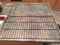 Two oven shelves for Delonghi range cooker