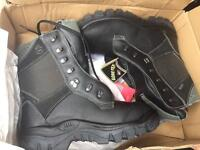 Chainsaw boots size 42 U.K. 8 new Cheap !!!!