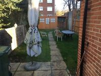 Double room in town centre close to station and university for professional only.