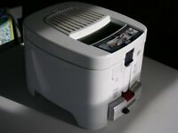 Delonghi Deep Fat Fryer model F13235