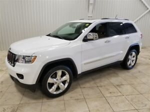 2013 Jeep Grand Cherokee Overland *TOIT, GPS, AWD, TECH PACK, CA
