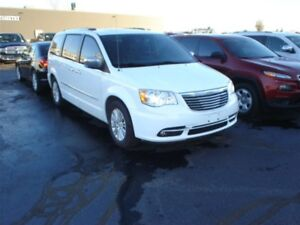 2014 Chrysler Town & Country Limited Nav DVD Roof