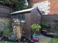 7ft x 5ft Garden Shed - Excellent Condition - Less 4 yrs Old