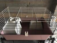 Indoor cage in good condition