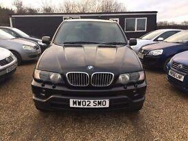 BMW X5 4.4i SPORT 2002 * FULLY LOADED * SAT NAV * TV SCREENS * SUNROOF * FULL SERVICE HISTORY