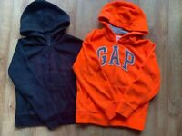 2 x GAP Jumper girl 12-13 YEARS .