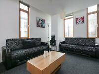 2 Bed City Centre - Short Term Let - Piccadilly Gardens - Furnished Service Apartment