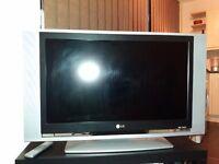 LG LCD TV model RZ32LZ55