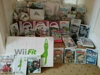 MEGA NINTENDO Wii BUNDLE-INCLUDES CONSOLE WII FIT PLUS & 20 GAMES & more!!!