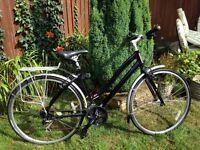 Ladies Specialized Globe Bike 18 inch Frame
