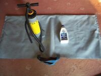 Inflatable dinghy carry bag and air pump
