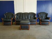 BLUE LEATHER 3 SEATER SOFA / SETTEE / SUITE & 2 CHAIRS & POUFEE/ FOOTSTOOL WITH WOODEN TRIM / FINISH
