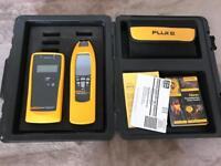 Fluke 2042 Cable Locator (Transmitter + Receiver)