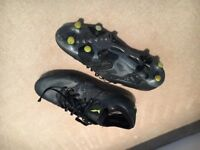 Adidas men's football boots size 8