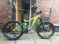 GIANT Reign 27.5 2 2016