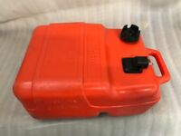 Yamaha 25 litre Outboard fuel tank for a Rib Rigid inflatable boat river boat power speed boat