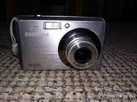 Digital camera Samsung 10.2 mp