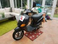 Piaggio Zip 50 Scooter