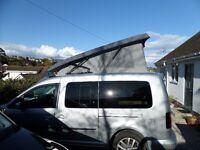 VW Caddy Maxi Life pop top raising roof