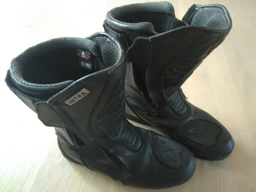 Akito Intra motorcycle boots, size 8. Good condition.   in ...