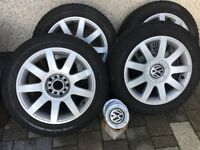 "Set of 4 16"" Alloy Wheels"